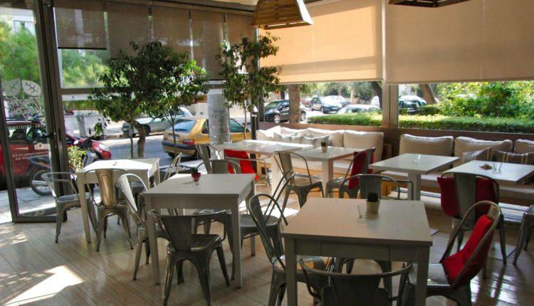Εστιατόρια: «Παντός Καιρού» στην Πλ. Παπαδιαμάντη