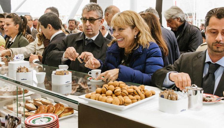 Lavazza: λανσάρει κάψουλες καφέ, συμβατές με μηχανές Nespresso