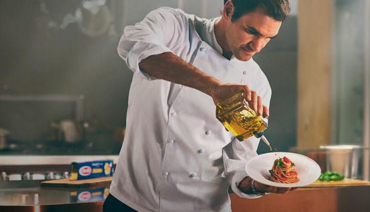 Roger Federer καιDavide Oldani μαγειρεύουν για τη Barilla