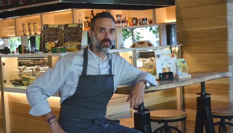 Μια ώρα με τον σεφ Γιάννη Στανίτσα