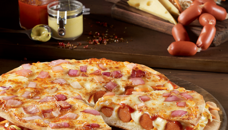 Tώρα και Double Pizza Hot Dog από την Pizza Fan