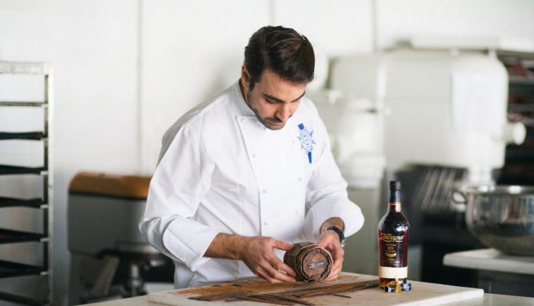 Πασχαλινό γλυκό του Φίλιππου Παπασπύρου με ρούμι Zacapa