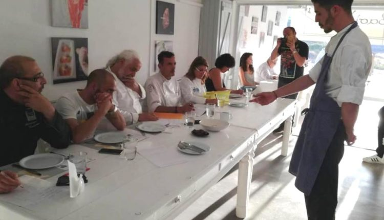 O sous  chef  του SantAnna  Αντώνης Δημοβασίλης σε διεθνή διαγωνισμό
