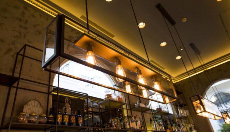 Εορταστικά μενού στο Arch café eaterie