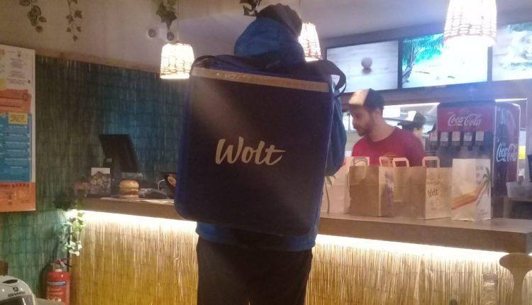 Ξεκίνησαν τα delivery της Wolt