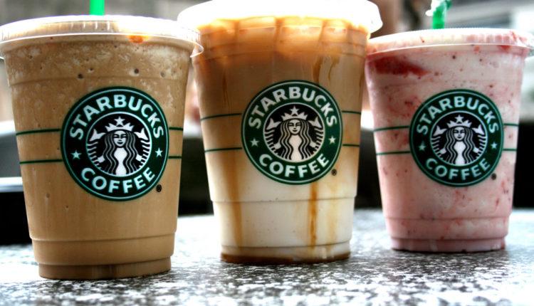Ξεκινάει delivery η Starbucks σε 2.000 cafe στις ΗΠΑ