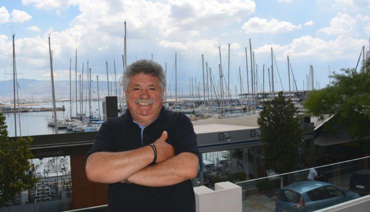 Λευτέρης Λαζάρου: «Πρέπει να αγαπήσουμε την Ελλάδα»
