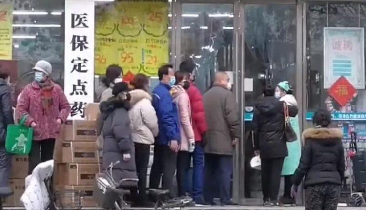 Τσακίζει την εστίαση ο κοροναϊός στην Κίνα